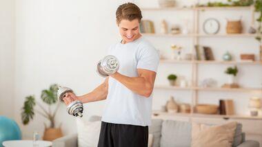 Zu Hause trainieren: in nur 8 Wochen ordentlich Muskeln zulegen
