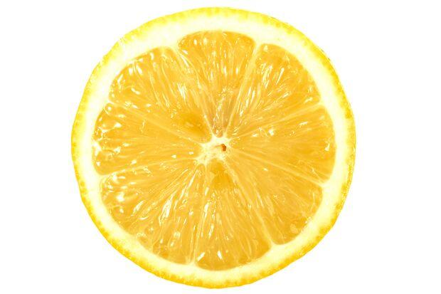 Zu den gesündesten Lebensmitteln für Männer gehören Zitronen