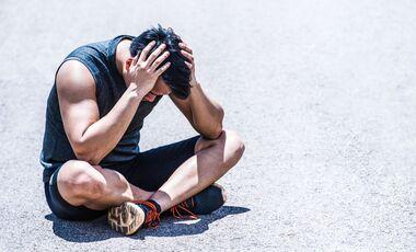 Zu intensiver Sport kann die Migräne-Symtome verstärken