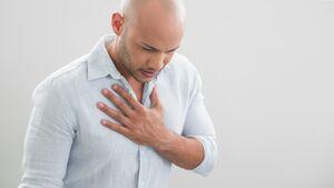 Zu viel Magensäure kann zu Sodbrennen führen.