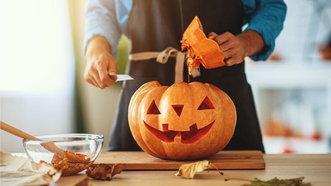 How To Kurbis Schnitzen Fur Halloween Men S Health