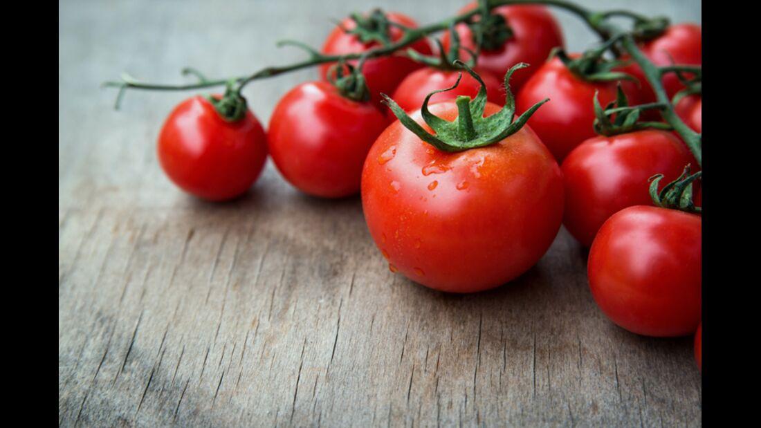sh_Juta_250227973_Tomate_kalorienarmes_Gemuese_800x533.jpg